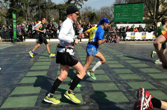 Pagegen System rubber tiles use kinetic energy to generate electricity from marathon runners