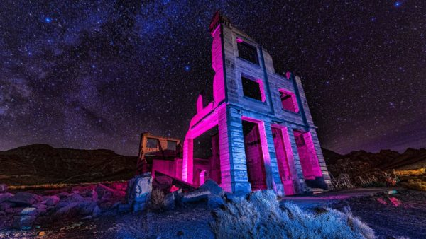 ruins of the cook bank abandoned building in rhyolite ghost town death valley nevada usa